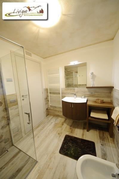Appartamenti-Livigno-Alpen-Flower-Anna-Sun-Bagno-12