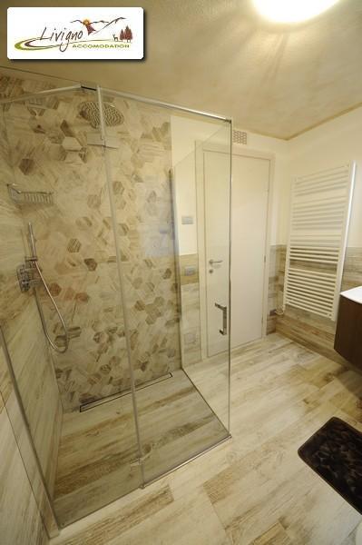 Appartamenti-Livigno-Alpen-Flower-Anna-Sun-Bagno-2