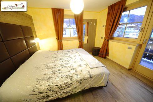 Appartamenti-Livigno-Alpen-Flower-Anna-Sun-Camera-9