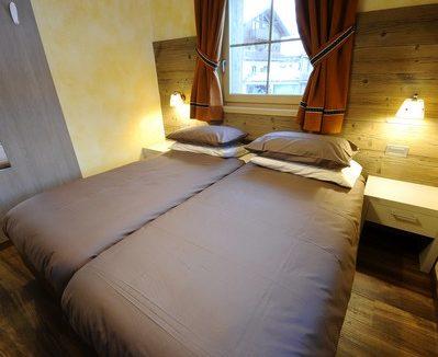 Appartamenti-Livigno-Alpen-Flower-Michele-Lake-Camera-6