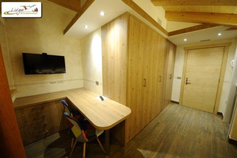 Appartamenti-Livigno-Alpen-Flower-Thomas-Mono-Camera-Sala-2